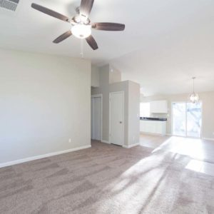 1747 W Dayton Ave 05