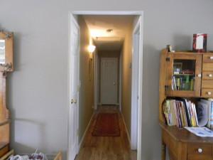 29395 Revis Rd Hallway