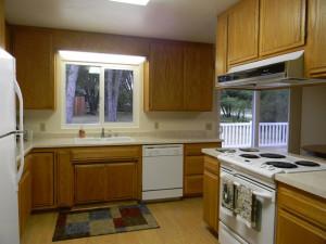 32416 Chickasaw Kitchen 2