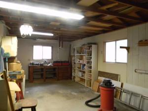 32416 Chickasaw Shop Inside 1