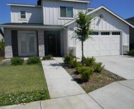 4085 Alamos Ave, Clovis, CA 93619