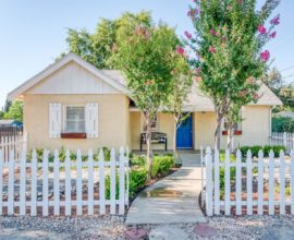 208 W Holland Ave, Fresno
